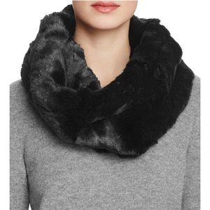 Zara Black Faux Fur Neck Warner ❄️♥️